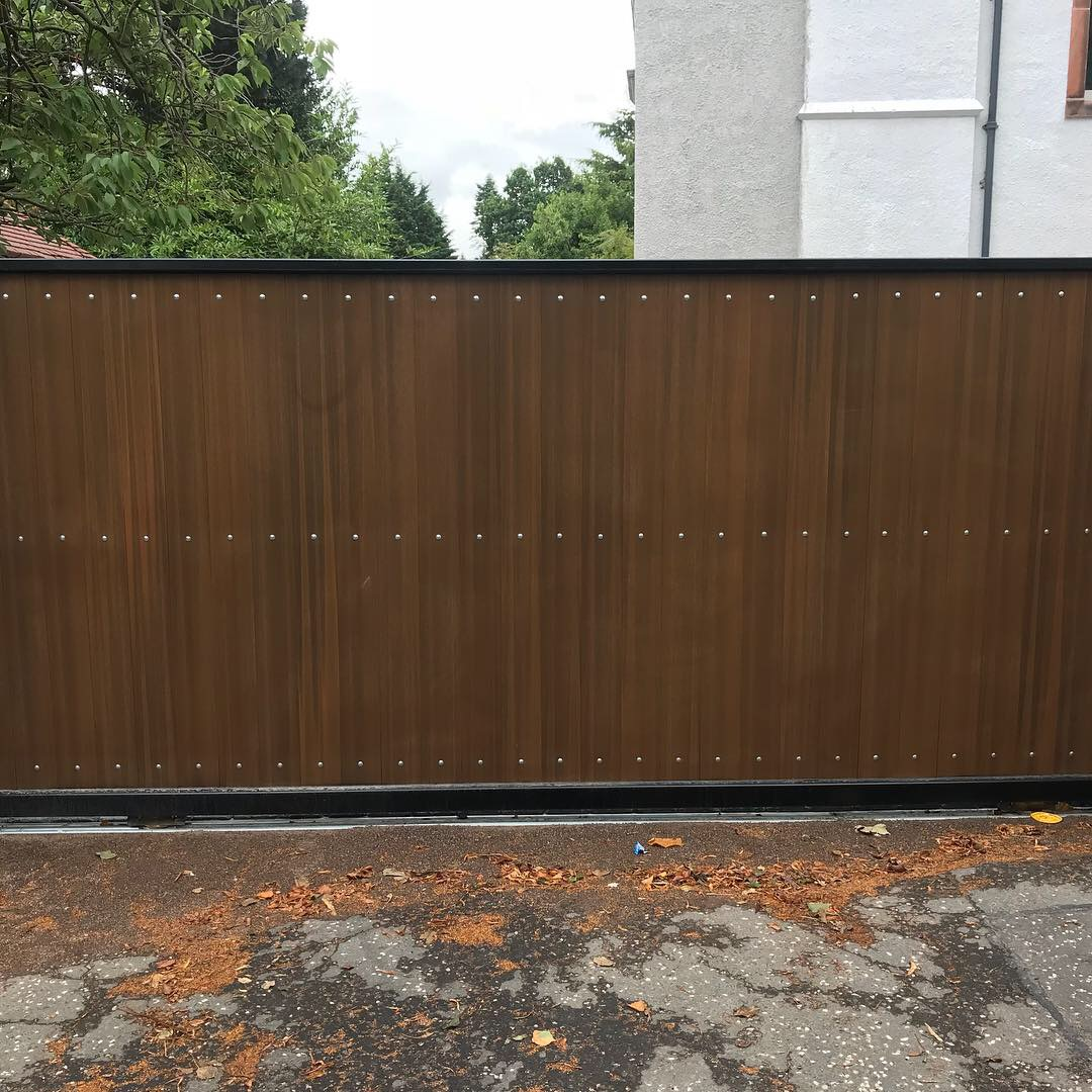 Steel & Composite Sliding Gate