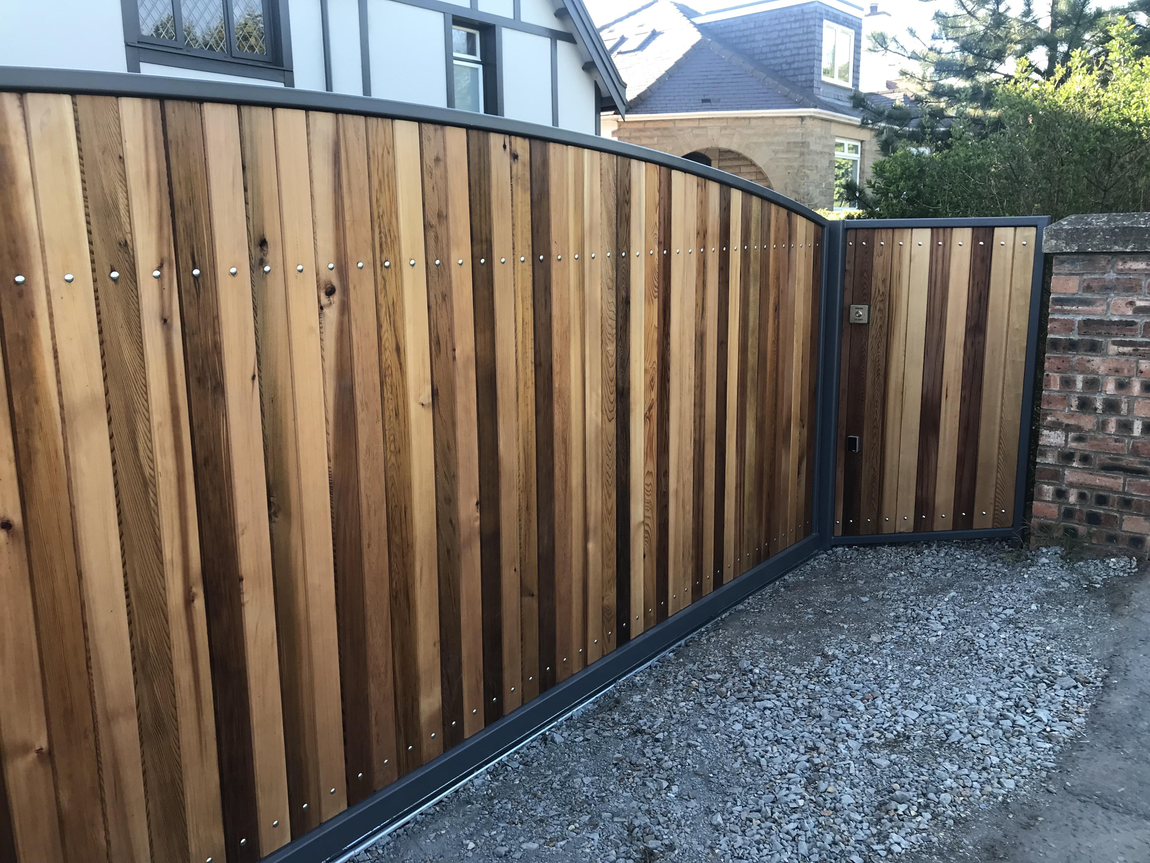 Colinton Style Gate