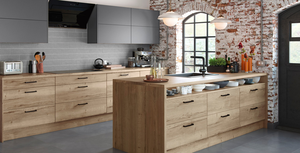 Lastra shown in Natural Oak & Dust Grey