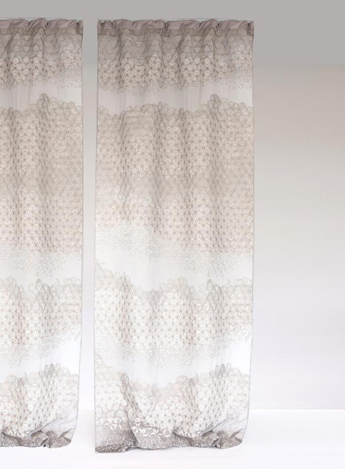 Curtains%2001_edited.jpg