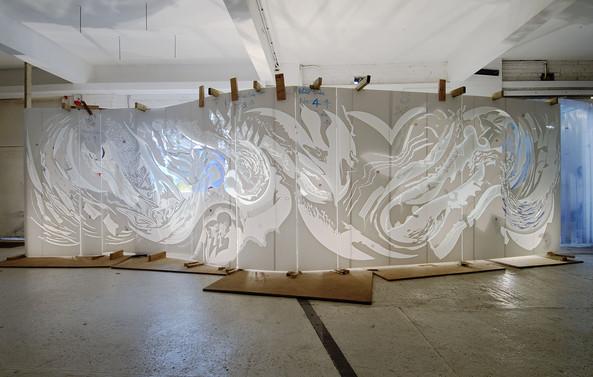 Art consultant glass art commission