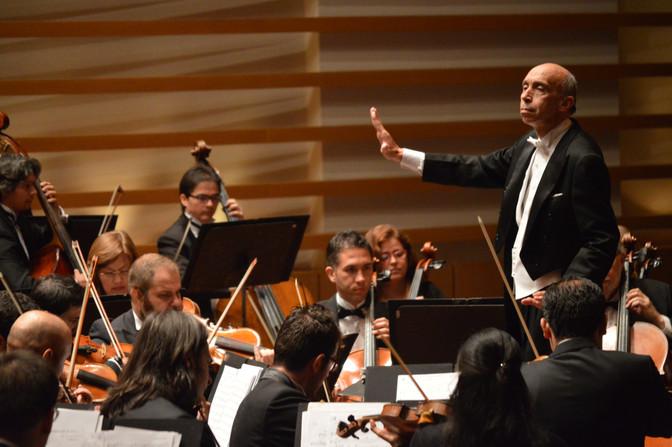 Orquesta Filarmónica de Cali tendrá como invitados al director Eduardo Carrizosa y al Ensamble Tambo