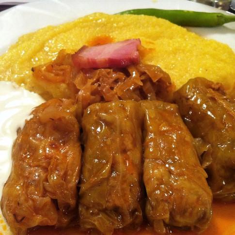 Cabbage rolls & Polenta