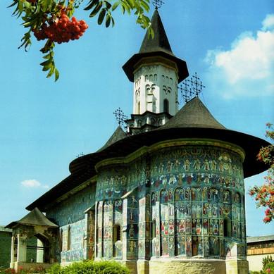 painted+monastery+Sucevita.jpg