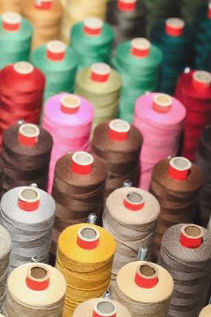 reels-with-colorful-threads-PHPXBNH_edit