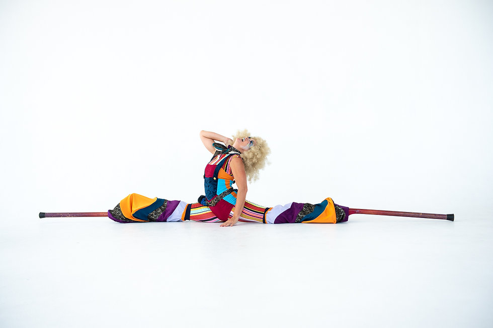 Colorful stilt walkers 2.jpg