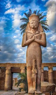 Karnak-Temple-Palm-headress.jpg