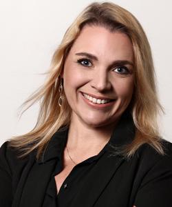 Tatiana Santiago (Co-Organizadora)