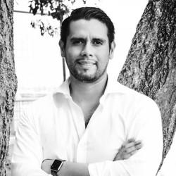 Luis Marriot (Mentor)