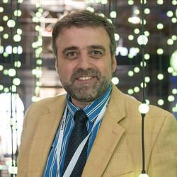 Óscar Schmitz