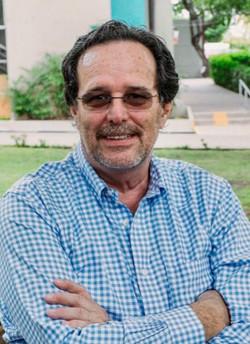 CARLOS HAHN K.