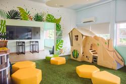 Play area & Lounge