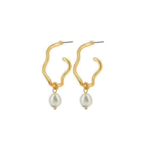 Audrey Curve Earrings Gold - by Dansk