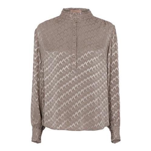 Arina Turtle Neck Shirt Champagne by Gustav