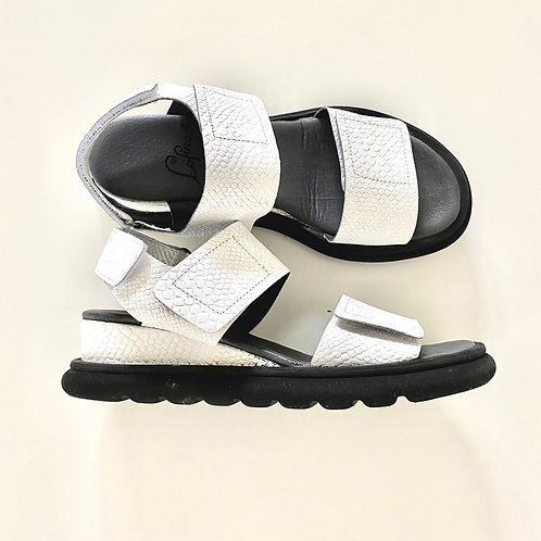 Tevere Crotalo Bianco Sandal by Lofina