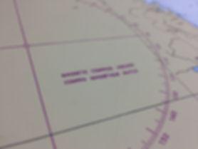 極地ではコンパスが使えない