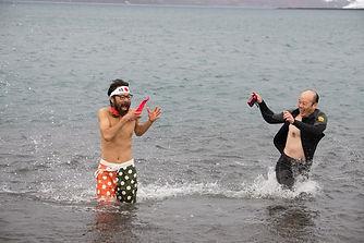 南極水泳大会