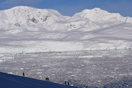 南極半島ネコ湾の絶景