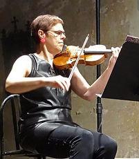 Marie Béreau, professeur de violon à l'Académie d'été de Musique à Groix