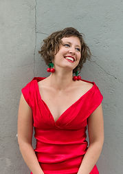 Julie Horreaux, professeur de Chant et Technique vocale à l'Académie d'été de Musique à Groix en Bretagne