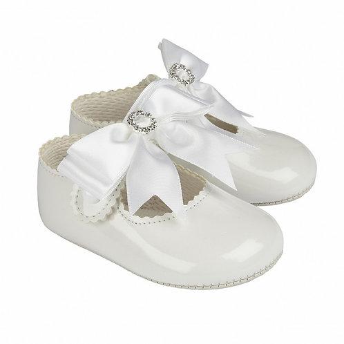 Baypods White Patent Bow Pram Shoes