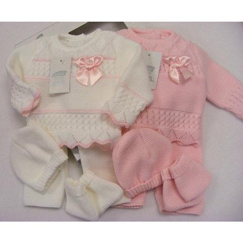 Spanish knit set
