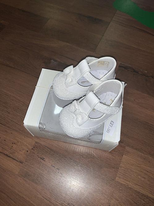 Pretty originals white patent/glitter pram shoes