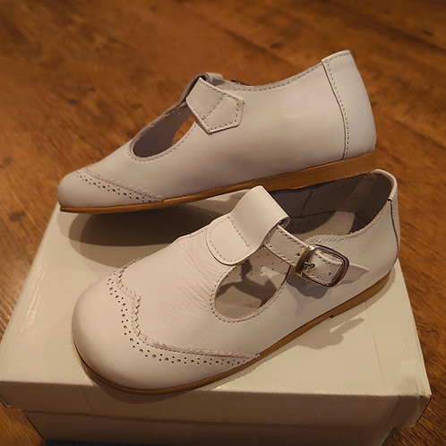 Pretty Originals White Leather T-Bar Shoes
