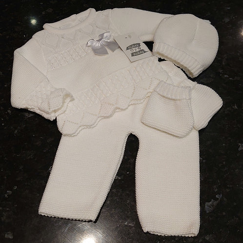 Ninas Y Ninos White 4pc Knitted Set