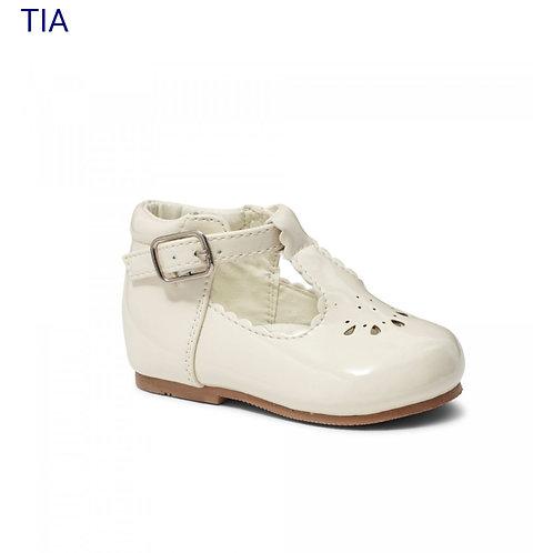 Sevva Tia Cream Shoes