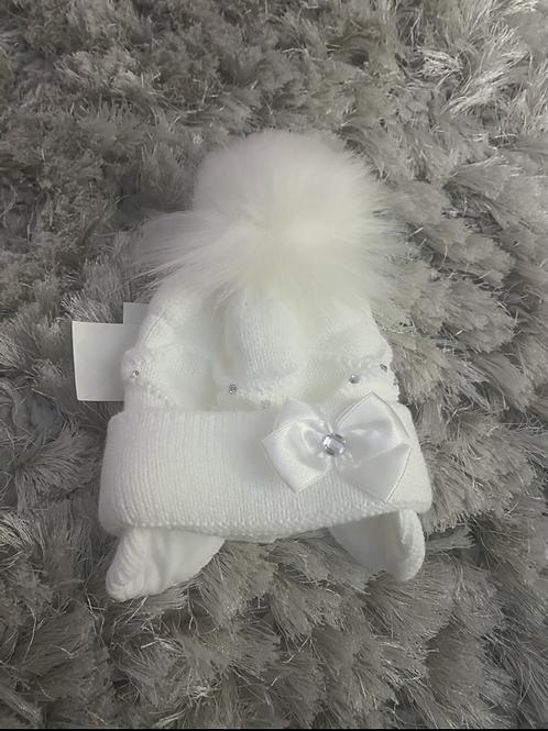 White fur Pom hat
