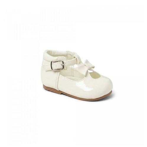 Sevva Cream Bow Shoes