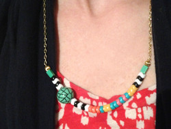 Graphic Pattern Necklace