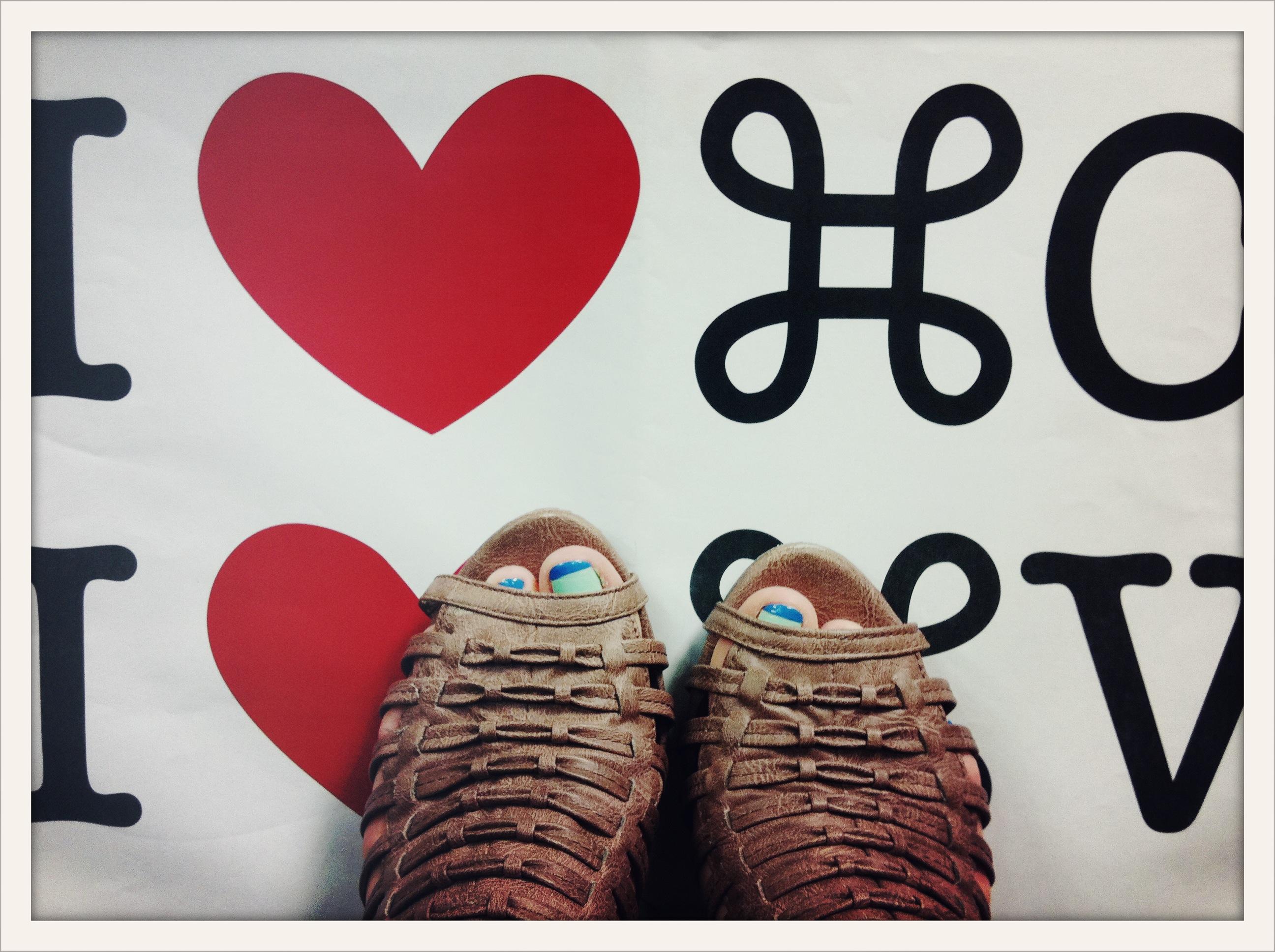 sandals on speech visual aid