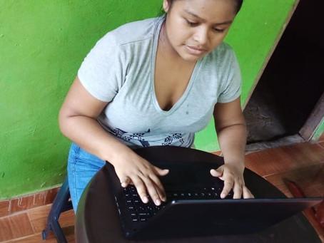 Ngäbe Buglé Students Adjust to Virtual Classes
