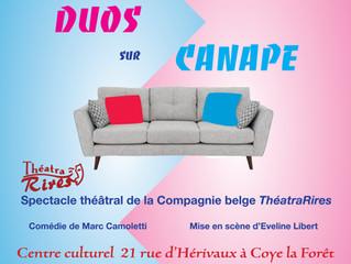 DUOS SUR CANAPE - THEATRE