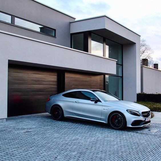 Block paving driveway with Mercedes and