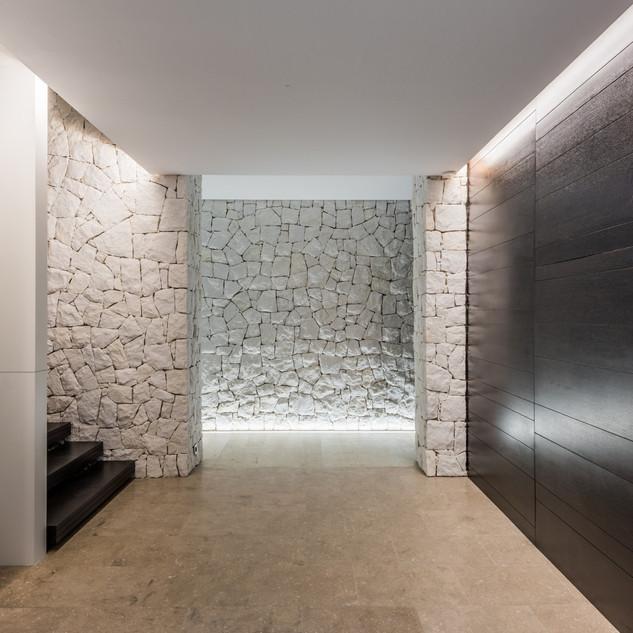 Hallway with mix of textures.jpg
