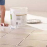 Laying.floor.tiles.jpg