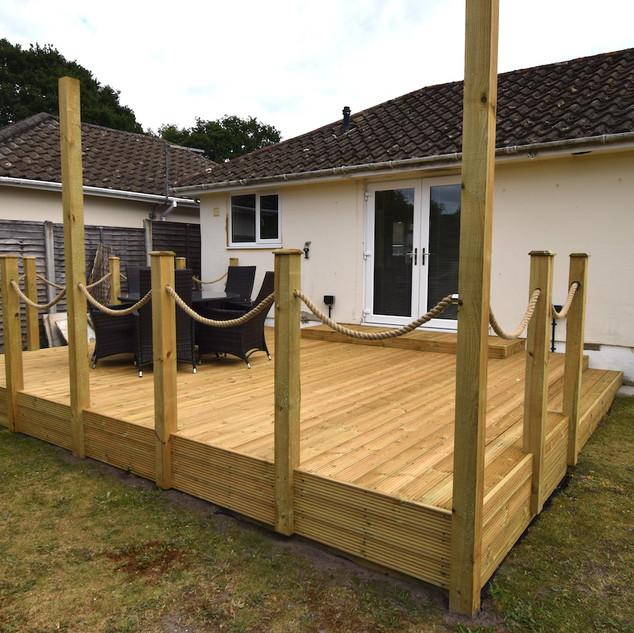 4.8m x 6.1m timber deck