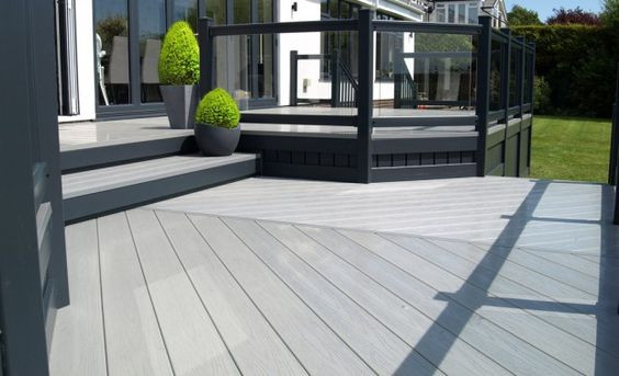 grey split level decking.jpg