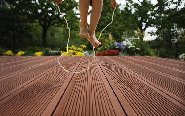 composite decking - maintenance free.jpg