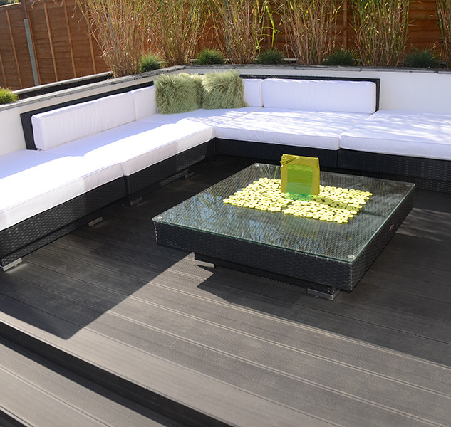composite decking seating area.jpg