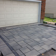 Extra large block paving pattern unfinis