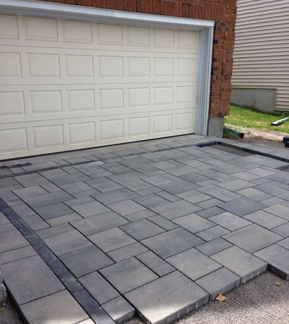 Extra large block paving pattern unfinis