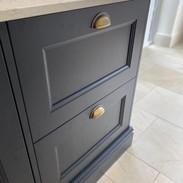 2 drawer base unit