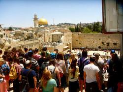 holy amazing israel kotel tour guide