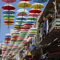 Wander the streets of downtown Jerusalem