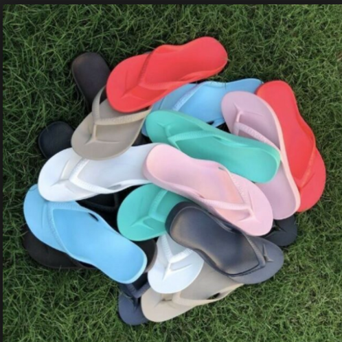 ARCHIES THONGS