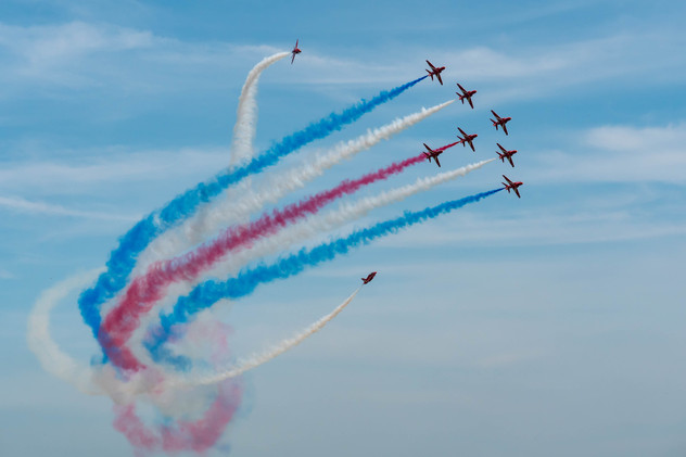 Cosford_180610_F91_RedArrows_0100-103393
